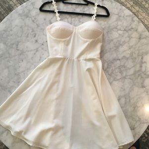 Dresses & Skirts - Cream White Dress